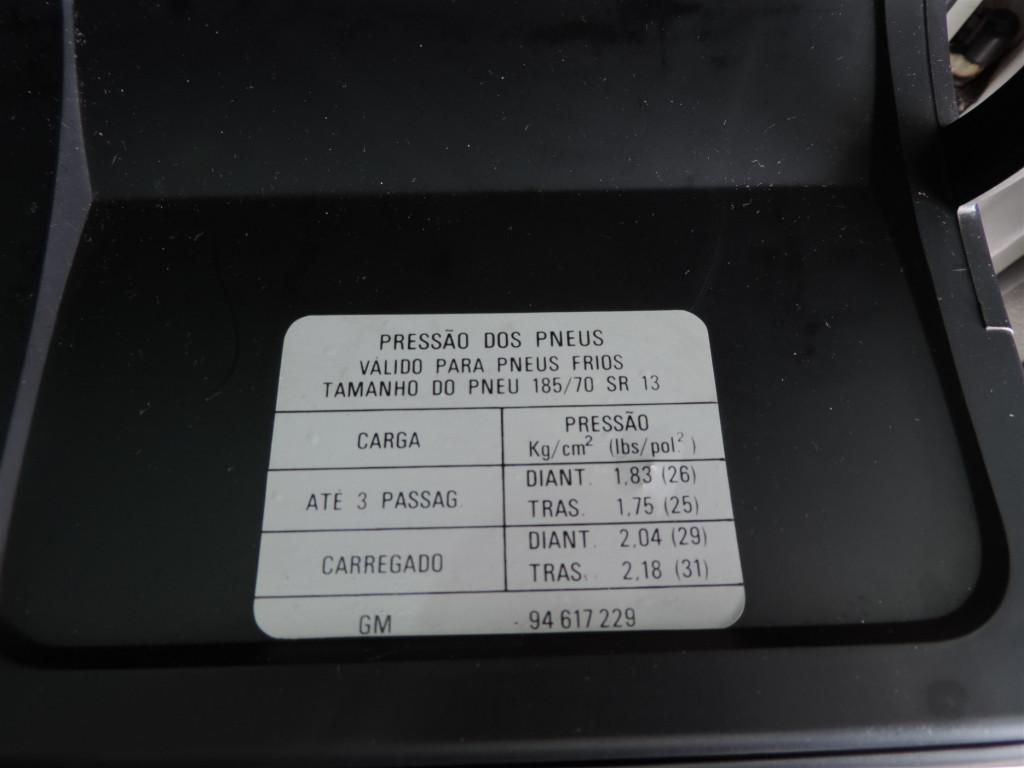 Imagem do veículo CHEVROLET MONZA 1.8 SL/E 8V GASOLINA 2P MANUAL