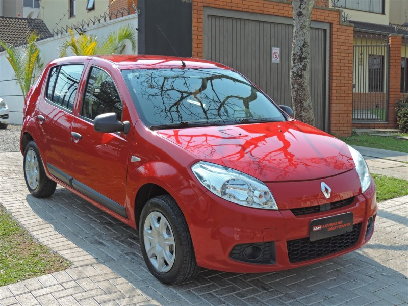 Imagem do veículo RENAULT SANDERO 1.0 AUTHENTIQUE MANUAL