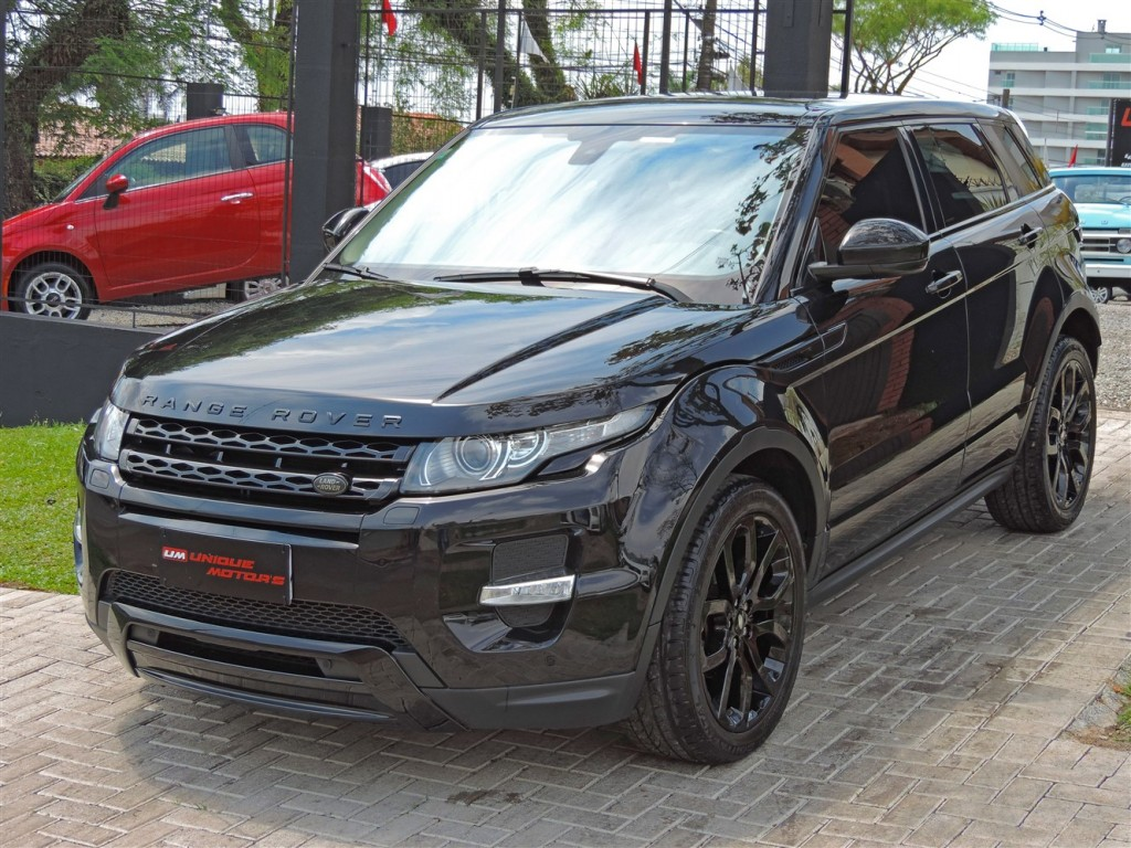 RANGE ROVER EVOQUE 2.0 DYNAMIC BLACK 4WD