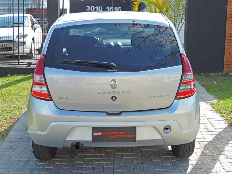 Imagem do veículo RENAULT SANDERO 1.6 PRIVILÉGE  AUTOMÁTICO