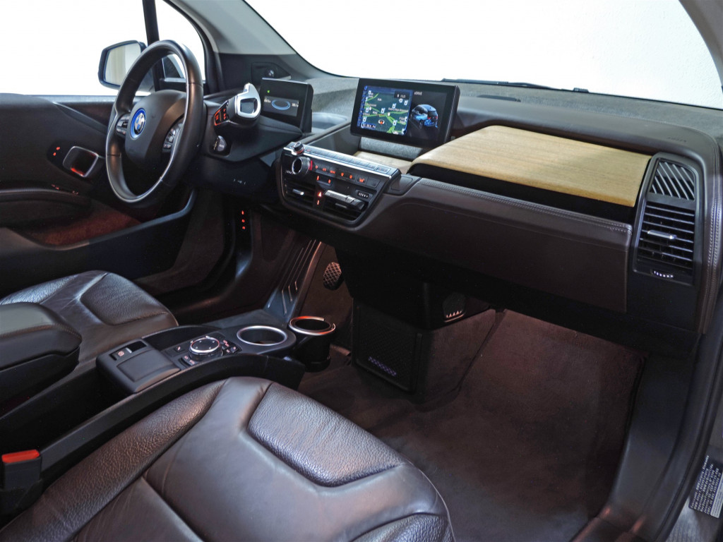 Imagem do veículo BMW i3 REX FULL 8V ELÉTRICO 4P AUTOMÁTICO