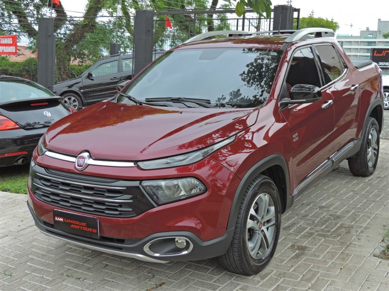 FIAT TORO 2.0 TURBO DIESEL VOLCANO 4WD AT9