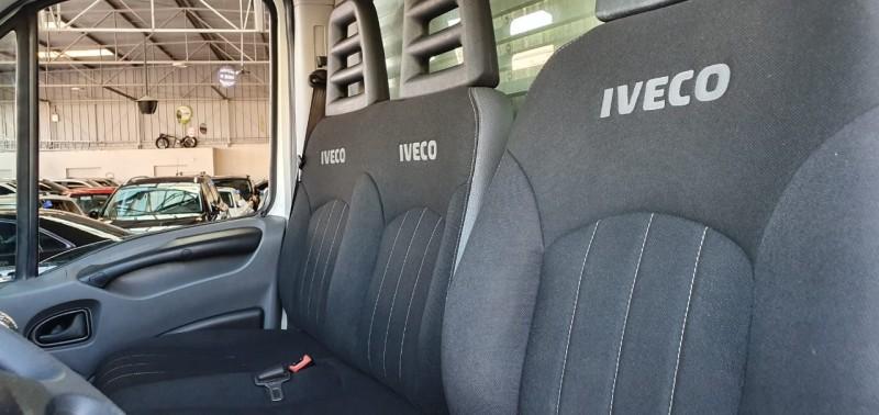 Imagem do veículo Iveco Daily 70.12 com  Baú