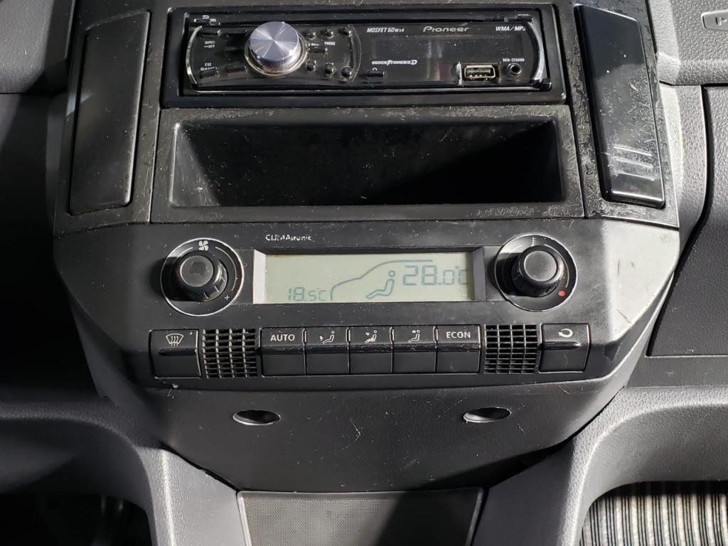 Imagem do veículo VOLKSWAGEN POLO SEDAN 2.0 MI COMFORTLINE 8V FLEX 4P MANUAL