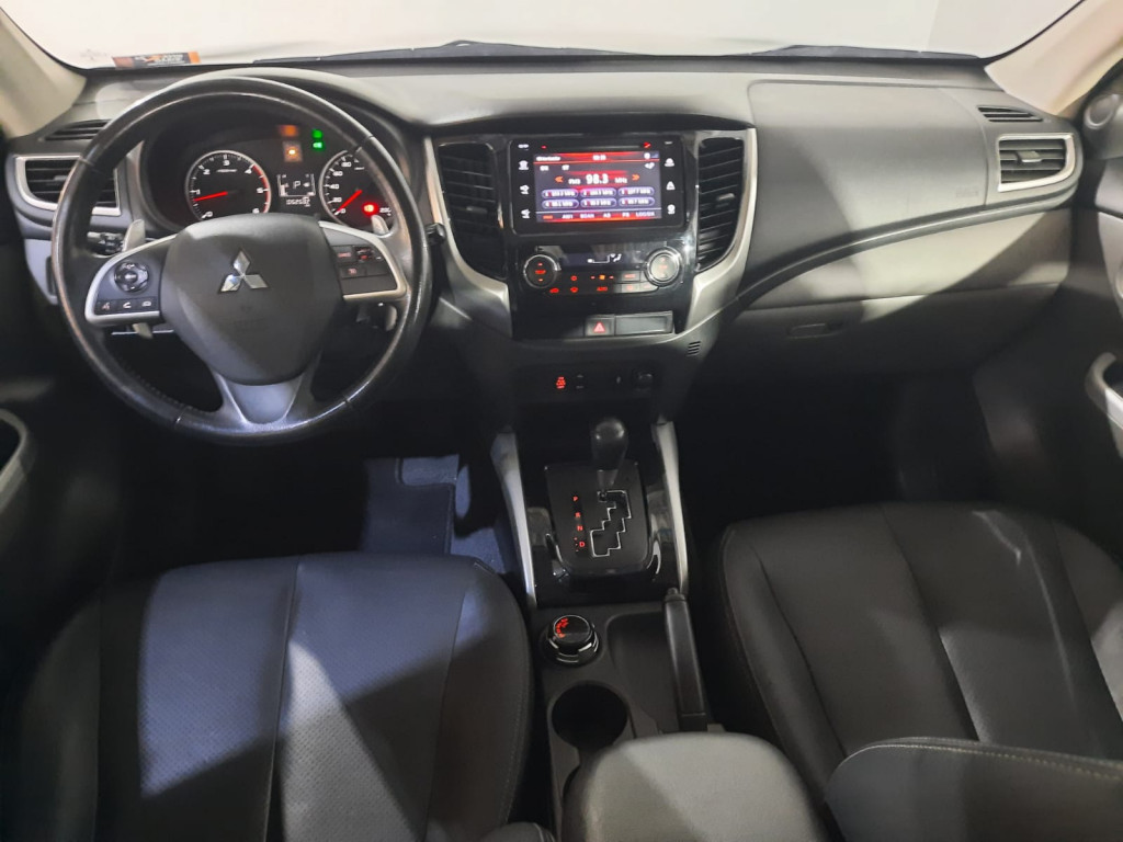 Imagem do veículo MITSUBISHI L200 TRITON 2.4 16V TURBO DIESEL SPORT HPE MOTORSPORTS CD 4P 4X4 AUTOMÁTICO