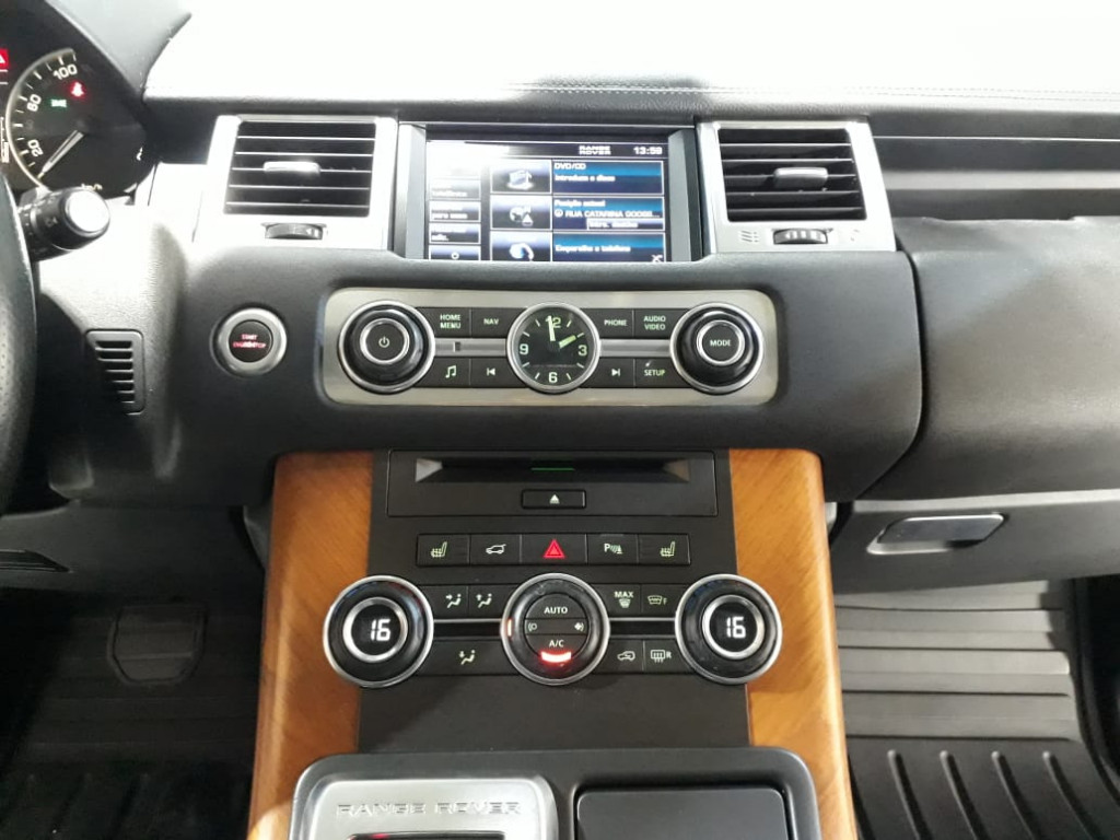 Imagem do veículo LAND ROVER RANGE ROVER SPORT 3.0 hse 4x4 v6 24v turbo diesel 4p automatico