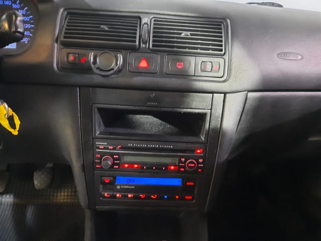 Imagem do veículo VOLKSWAGEN GOLF 2.0 MI 8V FLEX 4P MANUAL