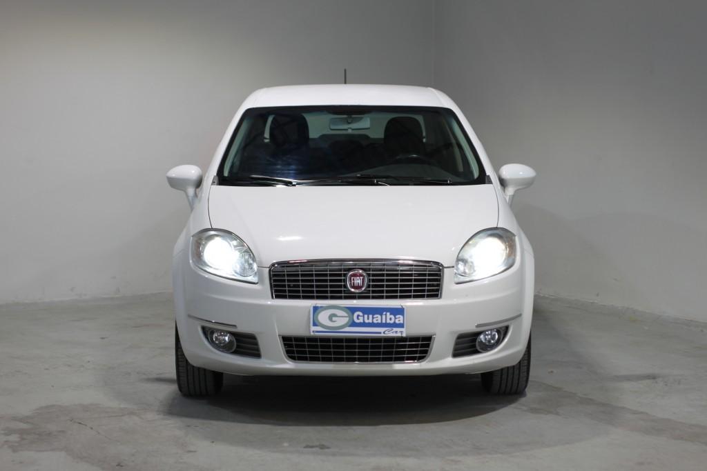 Imagem do veículo FIAT LINEA 1.8 essence 16v flex 4p manual