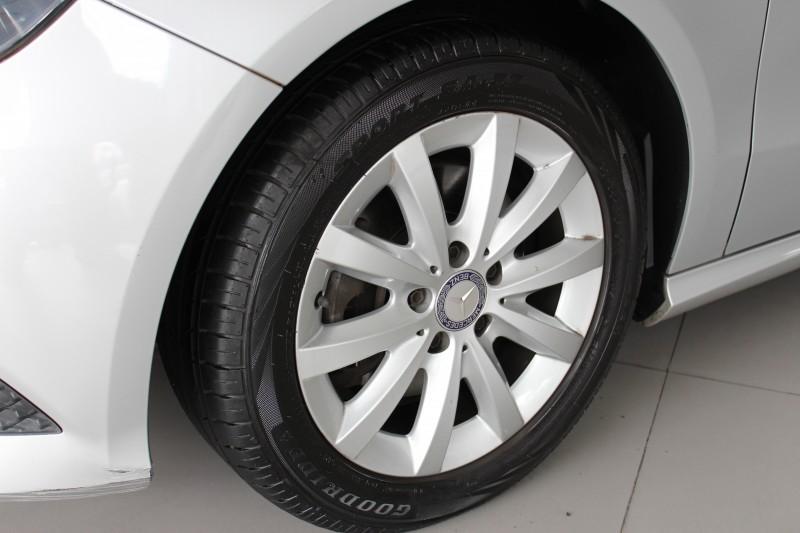 Imagem do veículo A 200 Style 1.6 156 CV 2013/2014 Aut. Completa, 53000 km, 4 Pneus novos !