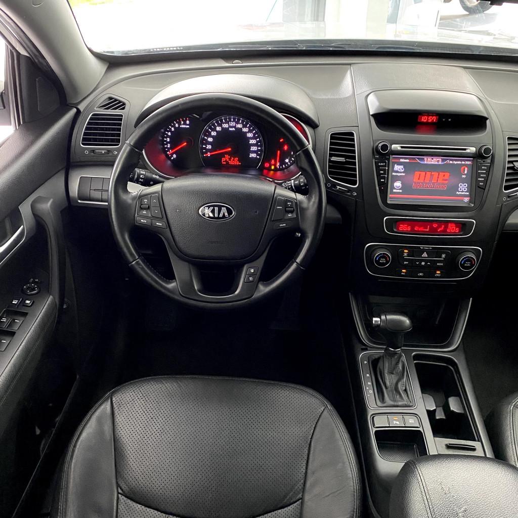 Imagem do veículo Sorento EX 2.4 174cv 2014/2015 Completa, Bancos em couro , Pneus novos !