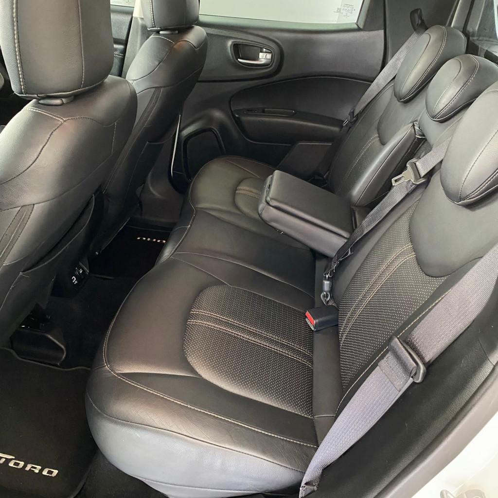 Imagem do veículo Toro Freedom 2.4 186cv 2016/2017 Câmbio AT9 52000KM Completo, único dono , 4 Pneus Novos sem detalhes !