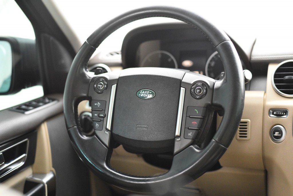 Imagem do veículo LAND ROVER DISCOVERY4 SE 3.0 4X4 V6 24V DIESEL AUT./2013
