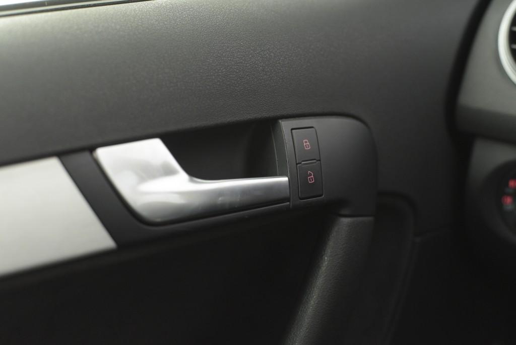 Imagem do veículo AUDI S3 SPORTBACK 2.0 TFSI QUATTRO AUT./2010