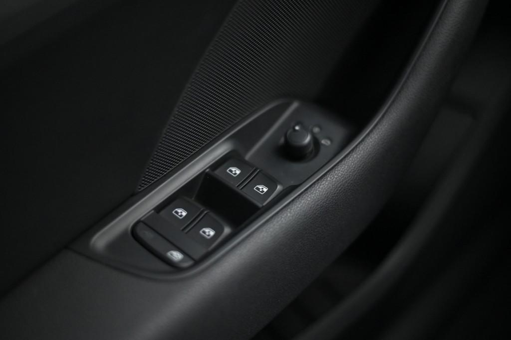 Imagem do veículo AUDI A3 SPORTBACK AMBIENTE 1.4 16V TFSI AUT./2018