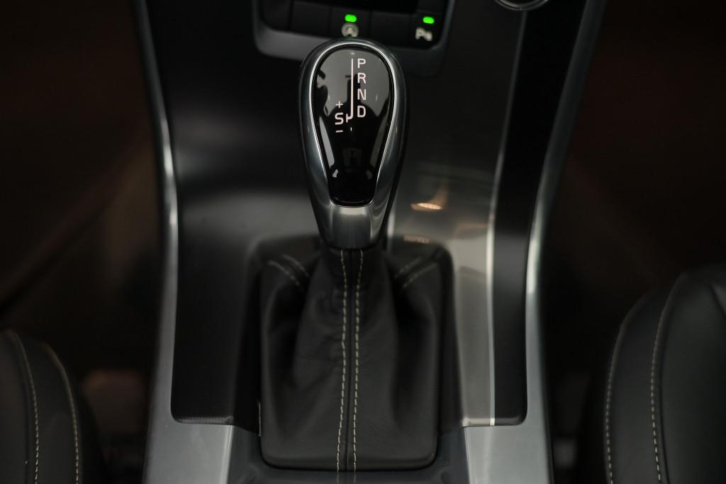 Imagem do veículo VOLVO XC60 R-DESIGN T5 2.0 AUT./2015