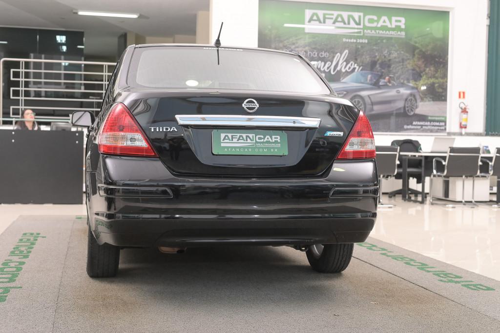 Imagem do veículo NISSAN TIIDA 1.8 SEDAN 16V FLEX 4P MANUAL/2012