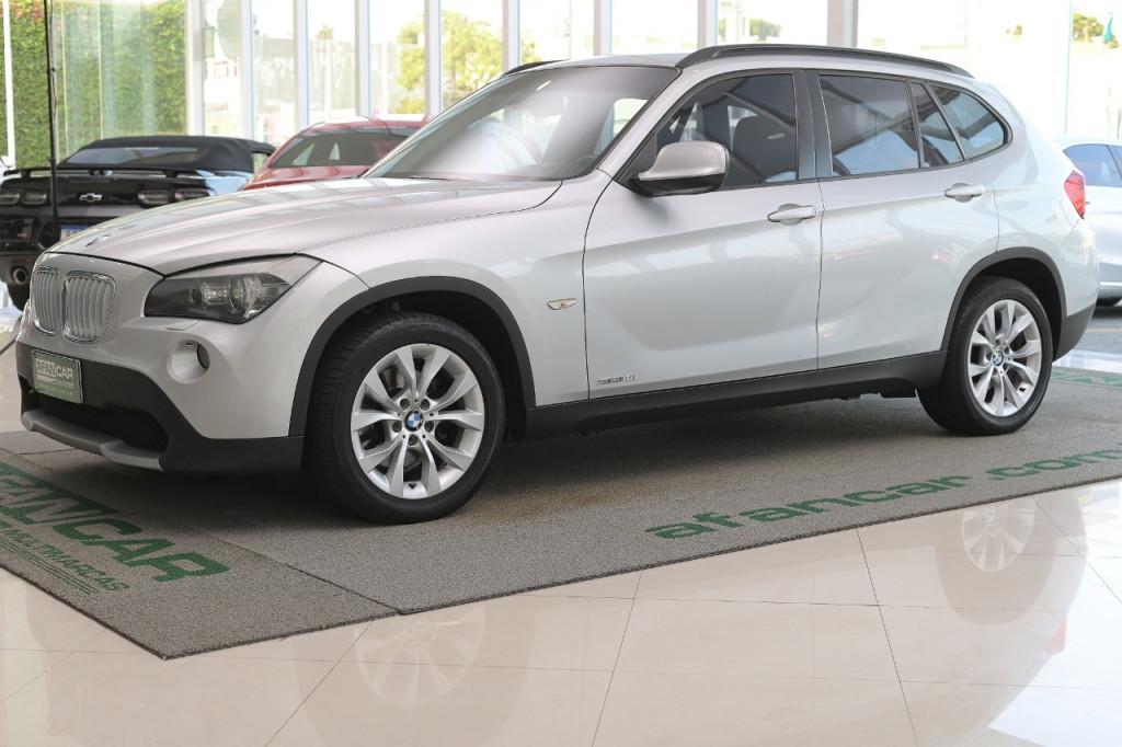 BMW X1 18I SDRIVE 2.0 16V AUT/2011