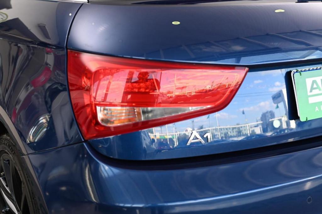 Imagem do veículo AUDI A1 Sport 1.4 TFSI 185cv 3p S-tronic 2013