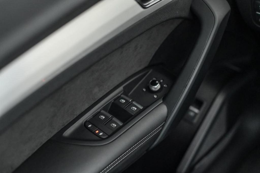 Imagem do veículo AUDI SQ5 3.0TFSI QUATTRO S-TRONIC/2018