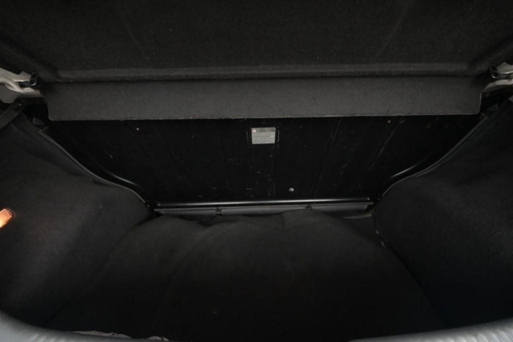 Imagem do veículo VOLKSWAGEN FOX HATCH 1.0 8V 2P MEC./2008