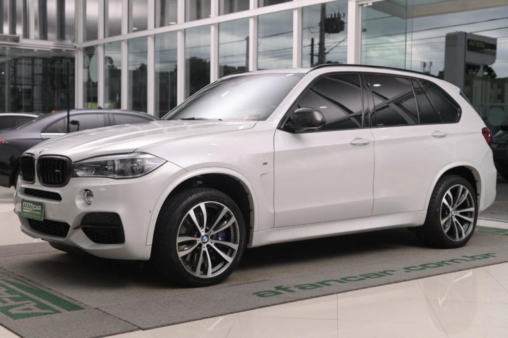 BMW X5 M50D 3.0 TRI-TURBO DIESEL 4X4 C/TETO AUT/2016