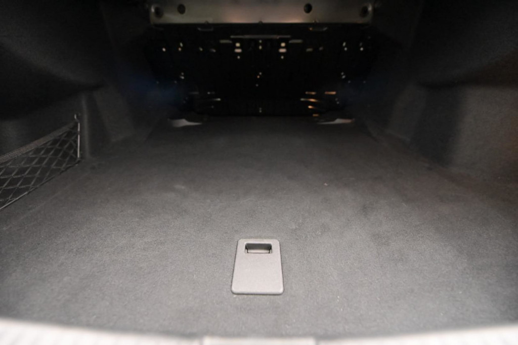 Imagem do veículo MERCEDES-BENZ C200 EQ BOOST  1.5T HYDRID C/TETO AUT./2019