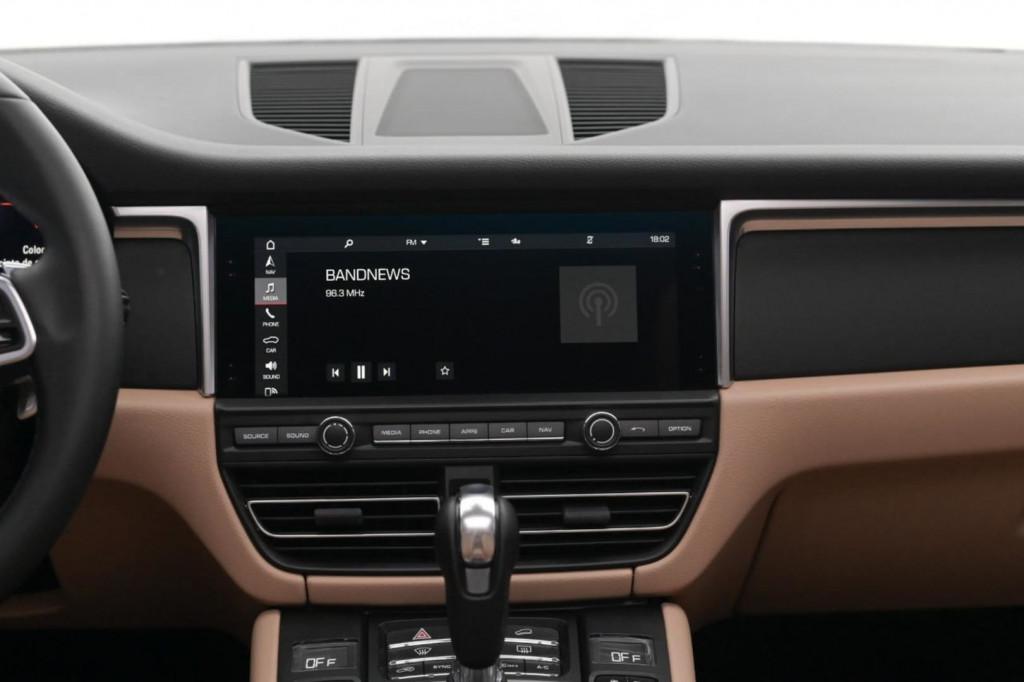 Imagem do veículo PORSCHE MACAN 2.0 TURBO 252CV AWD C/TETO AUT./2020