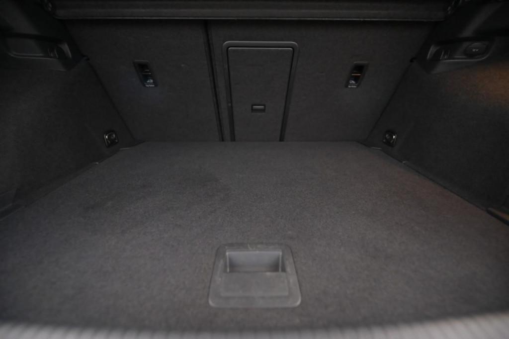 Imagem do veículo VOLKSWAGEN GOLF HIGHLINE 1.4TSI AUT./2015