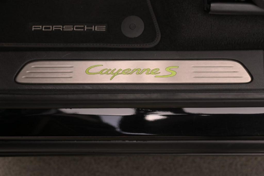 Imagem do veículo PORSCHE CAYENNE S PLATINUM ED. E-HYBRID 3.0 462CV AWD/2018