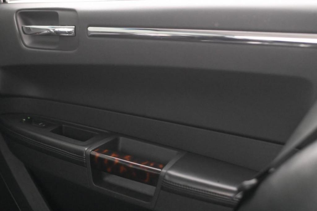 Imagem do veículo CHRYSLER 300C 3.5 V6 249CV AUT./2008