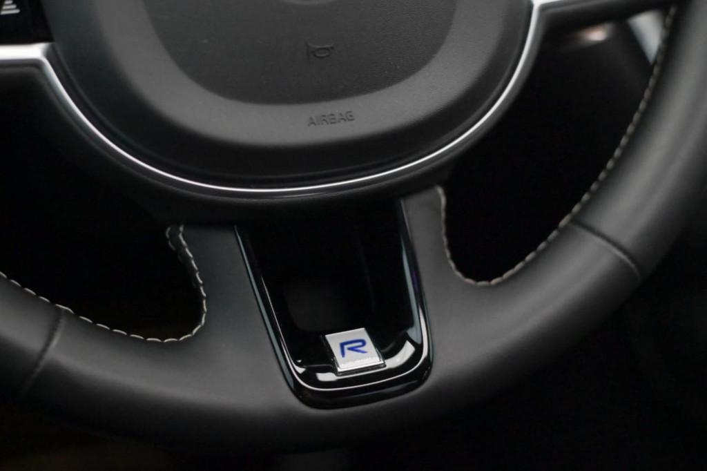 Imagem do veículo VOLVO S60 T8 HYBRID R-DESIGN 2.0T AWD C/TETO AUT./2020