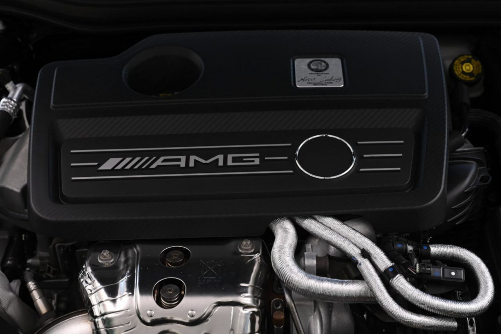 Imagem do veículo MERCEDES-BENZ A 45 AMG 4MATIC 2.0T 381CV/2017