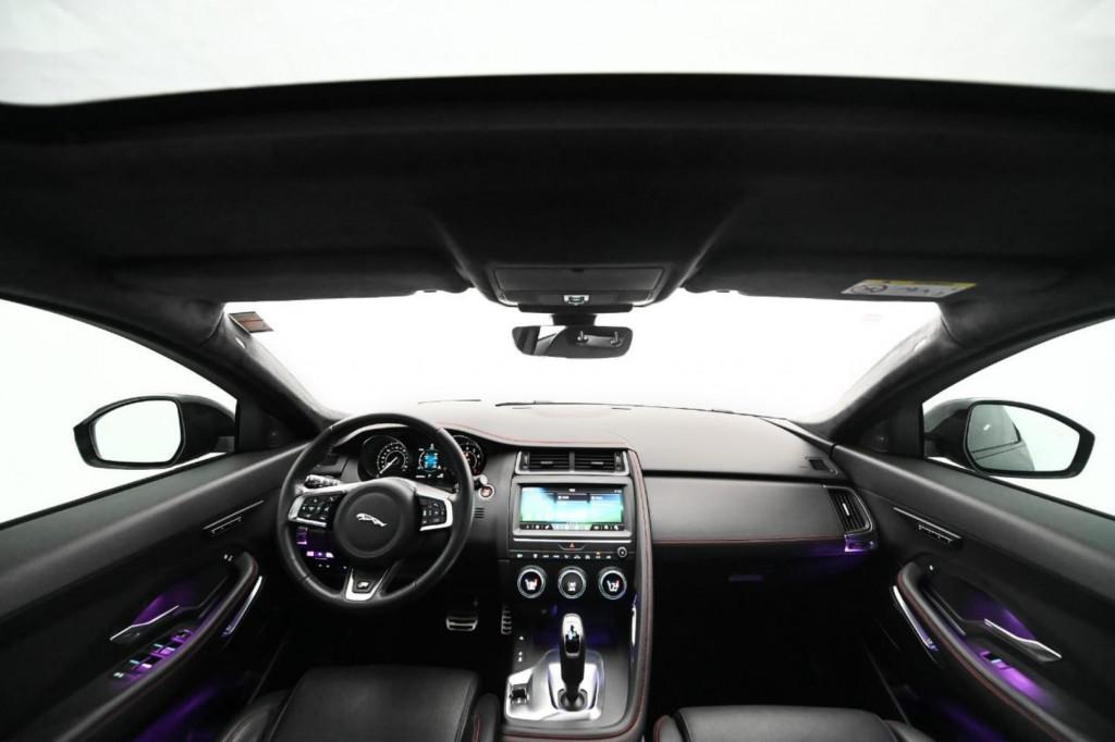 Imagem do veículo JAGUAR E-PACE FIRST EDITION 2.0 AWD 249CV C/TETO AUT./2018