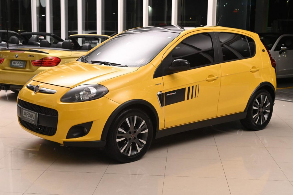 FIAT PALIO SPORTING INTERLAGOS 1.6 117CV C/TETO AUT./2013