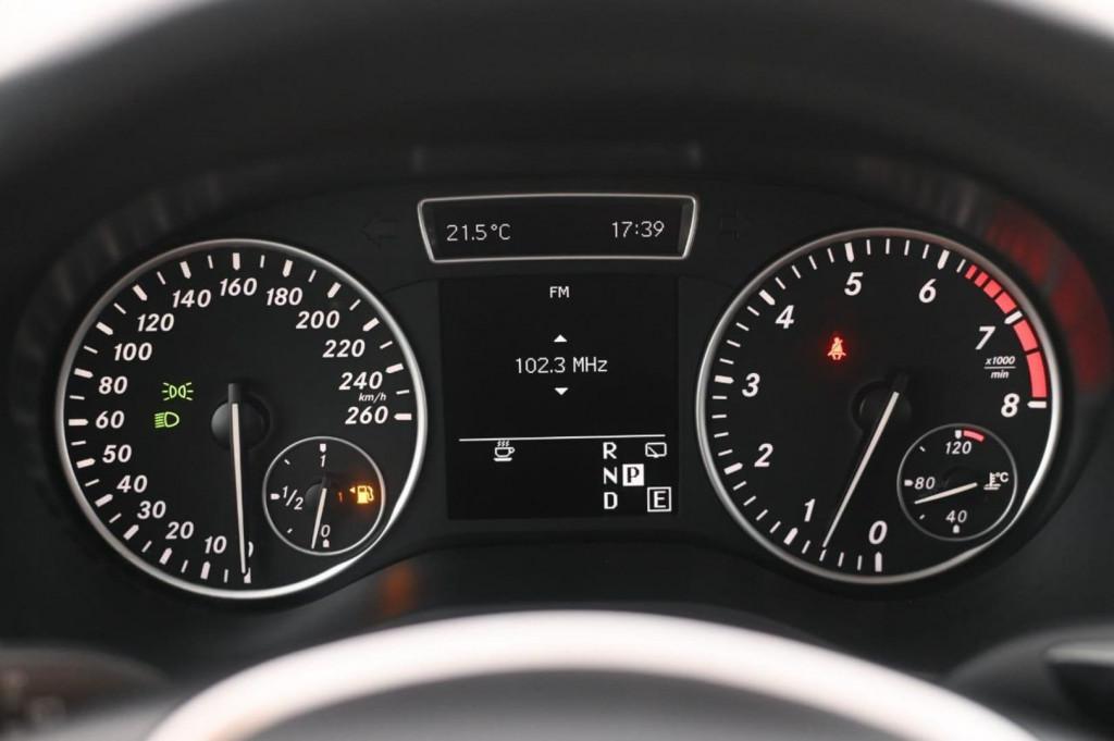 Imagem do veículo MERCEDES-BENZ B200 CGI 1.6 TURBO 156CV AUT./2013