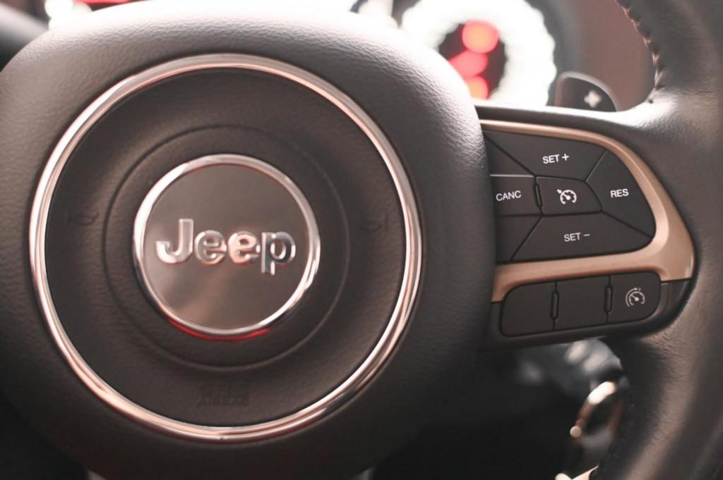 Imagem do veículo JEEP RENEGADE LONGITUDE 1.8 FLEX 132CV AUT./2016