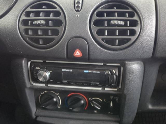 Imagem do veículo KANGOO FURGÃO