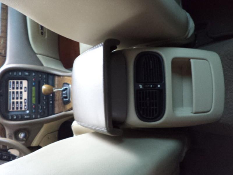 Imagem do veículo JAGUAR S-TYPE 3.0 SE V6 24V GASOLINA 4P AUTOMÁTICO