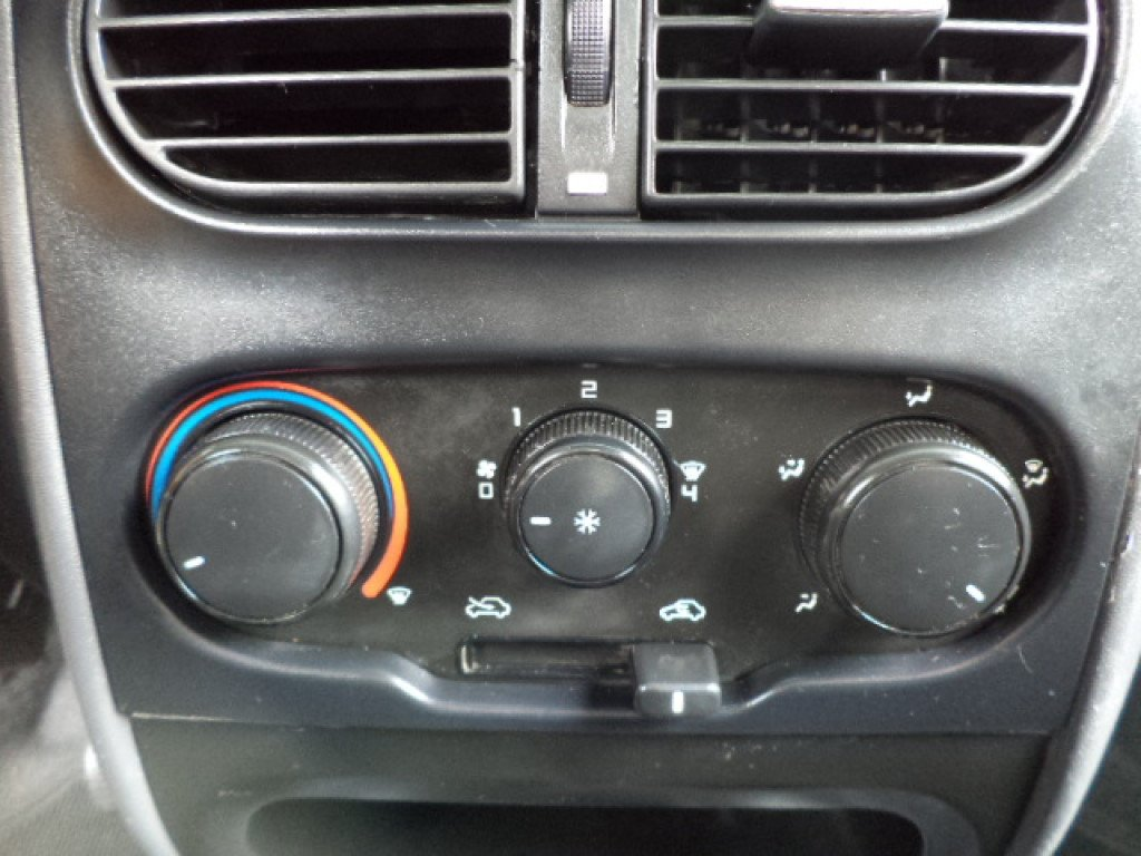 Imagem do veículo FIAT STRADA 1.4 MPI HARD WORKING CS 8V FLEX 2P MANUAL