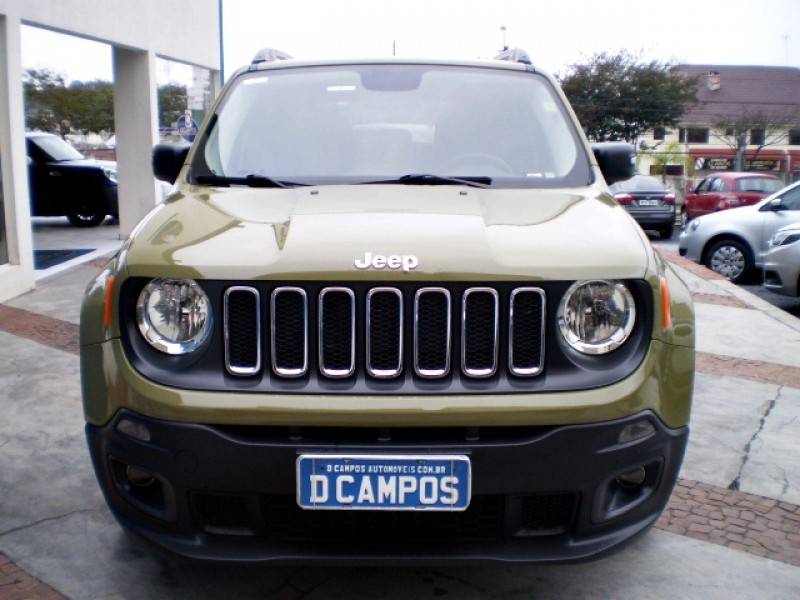 Imagem do veículo JEEP RENEGADE 1.8 16V FLEX SPORT 4P MANUAL