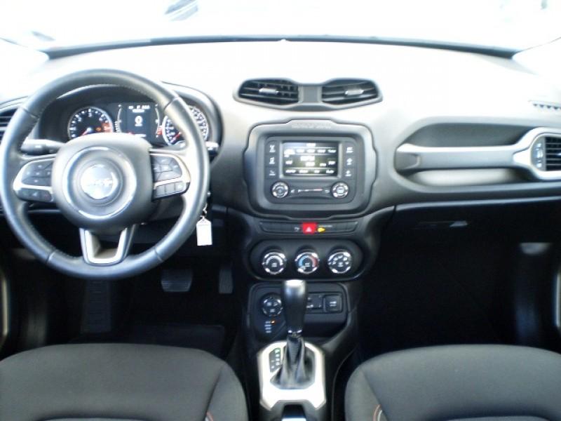 Imagem do veículo JEEP RENEGADE 2.0 16V TURBO DIESEL 75 ANOS 4P 4X4 AUTOMÁTICO