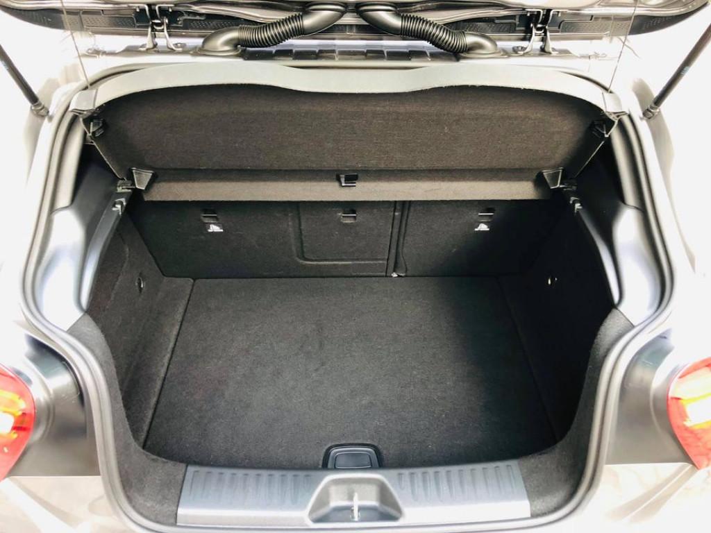 Imagem do veículo MERCEDES-BENZ A 200 1.6 TURBO 16V FLEX 4P AUTOMÁTICO