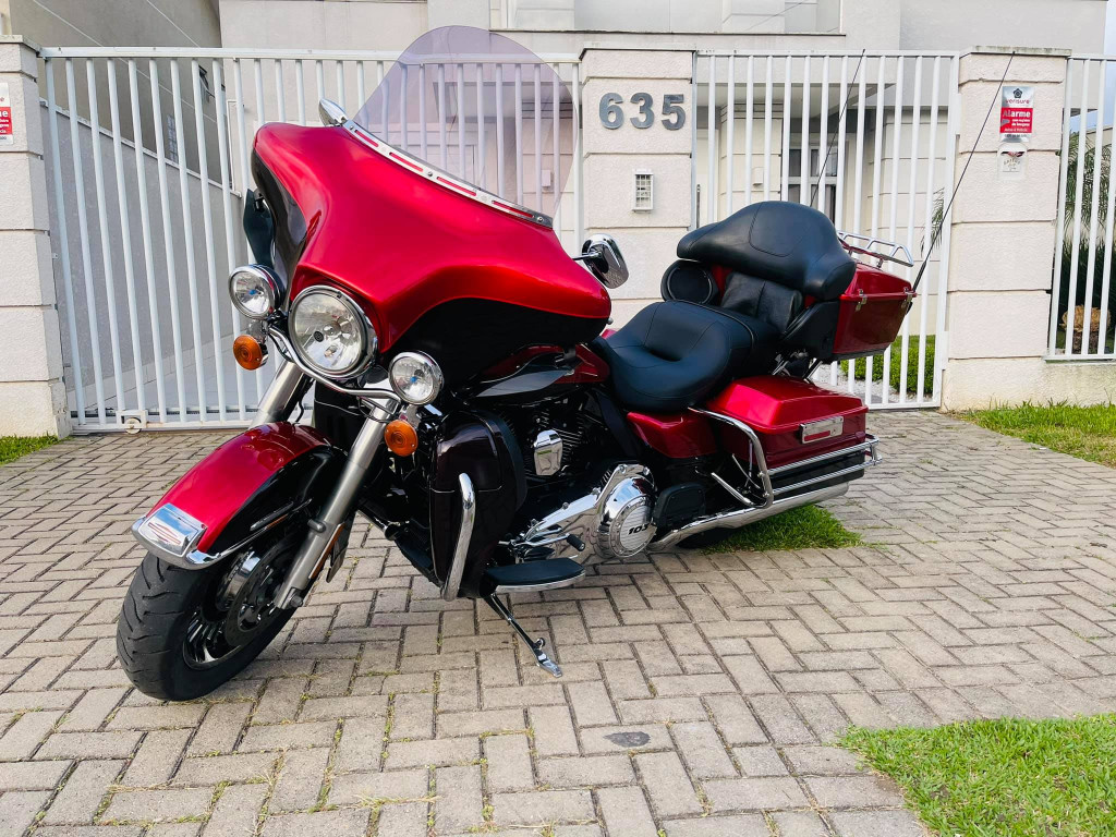 Harley Davidson Electra Ultra Classic FLHTK