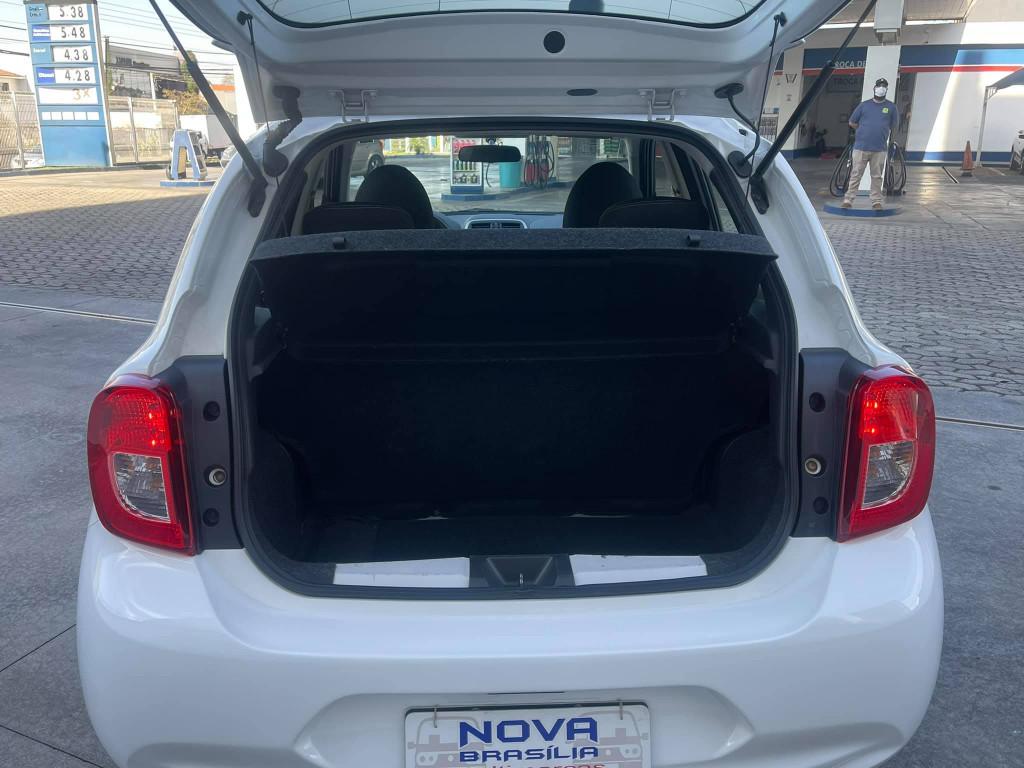Imagem do veículo NISSAN MARCH 1.0 SV 16V FLEX 4P MANUAL