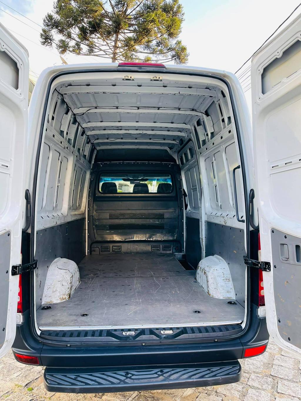 Imagem do veículo MERCEDES-BENZ SPRINTER 2.2 3550 VAN STD 311 CDI DIESEL 3P MANUAL