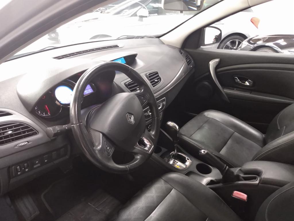 Imagem do veículo RENAULT FLUENCE 2.0 DYNAMIQUE PLUS 16V FLEX 4P AUTOMÁTICO