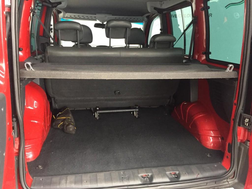 Imagem do veículo DOBLO 1.8 MPI ADVENTURE 8V FLEX 4P MANUAL - 5 lugares !!!