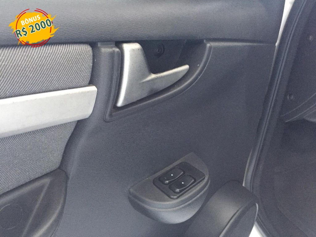 Imagem do veículo CELTA 1.0 MPFI LT 8V FLEX 4P MANUAL + DIR HID - CONFIRA !!!