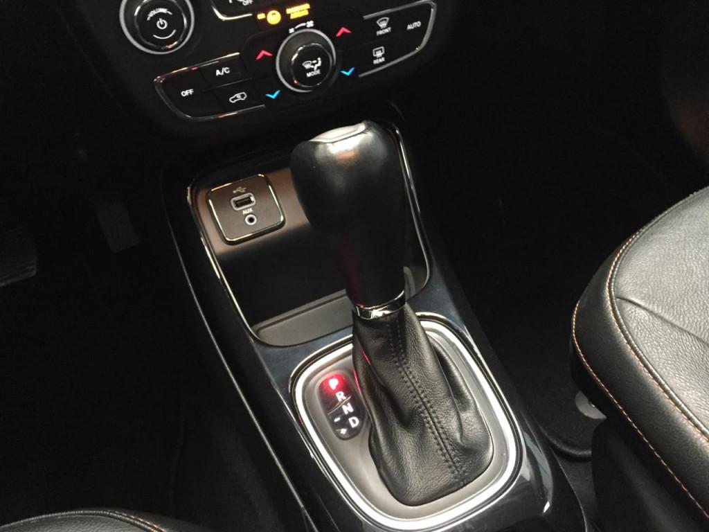 Imagem do veículo COMPASS 2.0 16V FLEX LIMITED AUTOMÁTICO - COM APENAS 19 MIL KM !!!