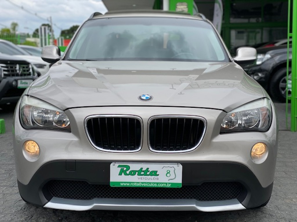 BMW X1 2.0  SDRIVE18I AUTOMÁTICO -  COM TETO SOLAR - ABSURDO ESTADO!!!